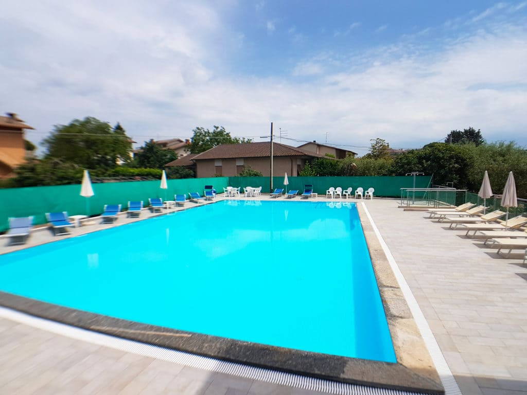 Servizi - Hotel Trasimeno - piscina