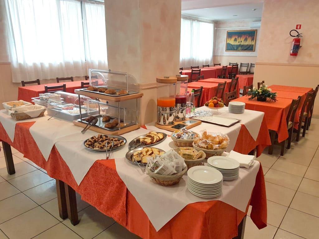 Servizi - Hotel Trasimeno - Colazione continentale
